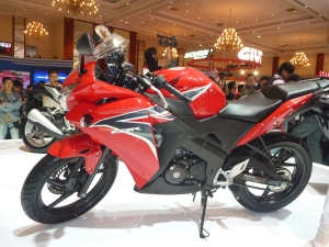 Semester Pertama 2011, CBR 150cc Serbu Pasar