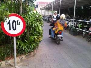 rambu 10km