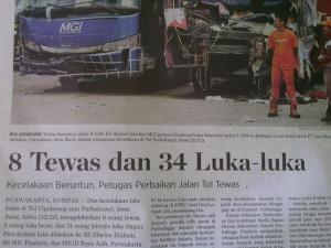 laka beruntun di koran