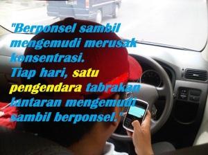 pesan laka ponsel nyopir