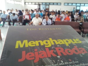 Uns solo road show buku_resized_2