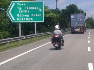 malaysia bikers