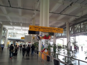 bandara ruang tunggu