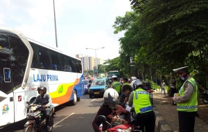 razia lalu lintas di jakarta1