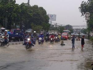 banjir kramat jati