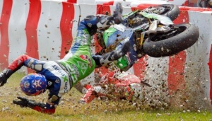 kecelakaan balap motor