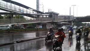 hujan-motor-kuningan