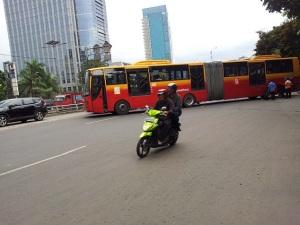motor-dan-bus-jakarta2