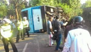 laka-bus-parahyangan_viva