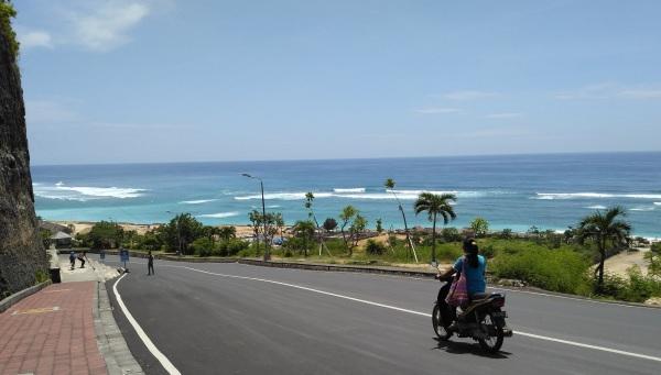 pandawa-beach-dan-motor1