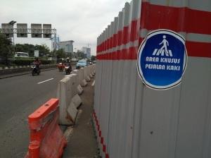 area-pejalan-kaki-mt-haryono-2017aa